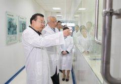 李克强上海考察为何特意来看这家抗癌制药外企?